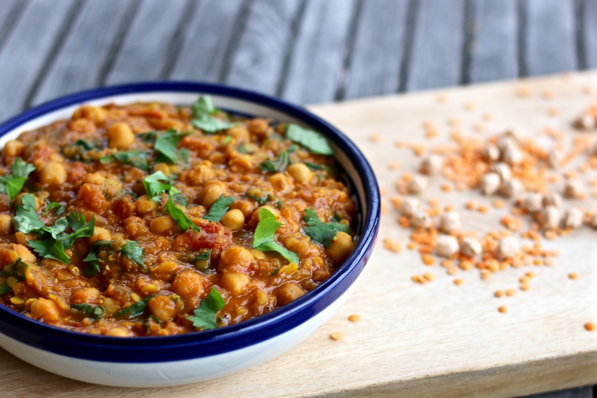 Dal With Chickpeas And Spinach